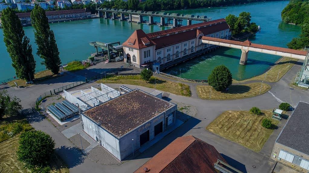 Wasserkraftwerk in Wyhlen am Rhein